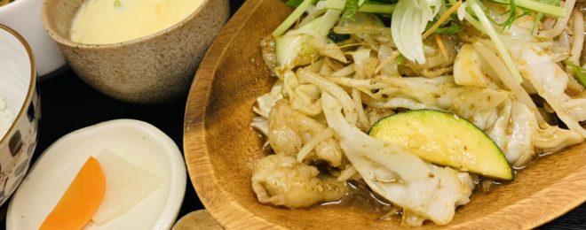 丸腸のスタミナ炒め定食
